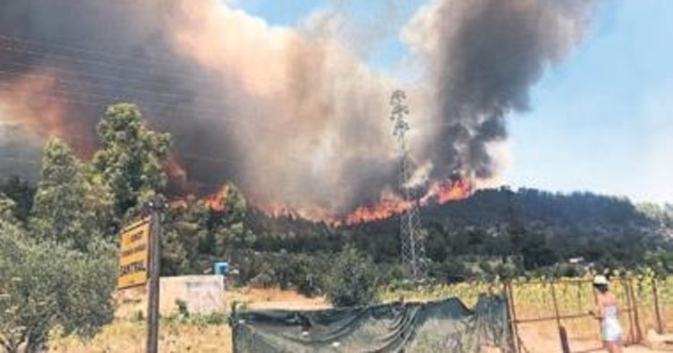 Menderes'te büyük yangın