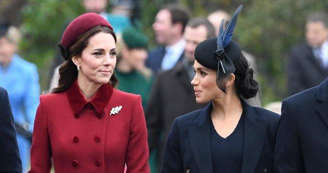Kate Middleton'dan Meghan Markle misillemesi: Kitabının reklamını böyle yaptı!