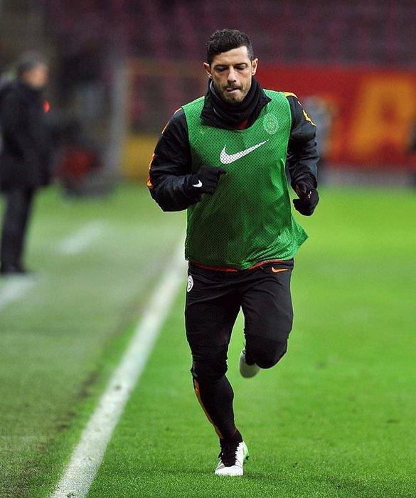 Galatasaray'da tam 8 futbolcu yolcu