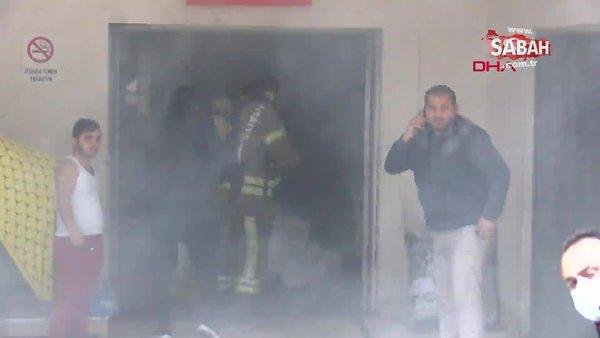 SON DAKİKA: İstanbul Bağcılar'da iş yerinde patlamada! Olay yerinden ilk görüntüler... Yaralı işçiyi kucaklarında taşıdılar