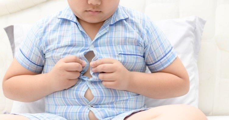 Çocuklarda obezite duruşu da bozuyor