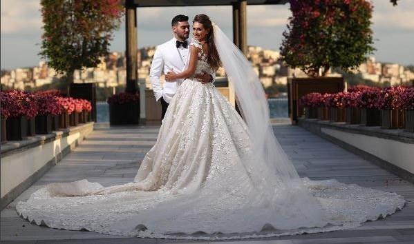 Selma Çilek ile Sinan Çiftçi'nin düğününe ünlü isimler akın etti