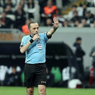 Son dakika: Galatasaray - Başakşehir maçının hakemi açıklandı