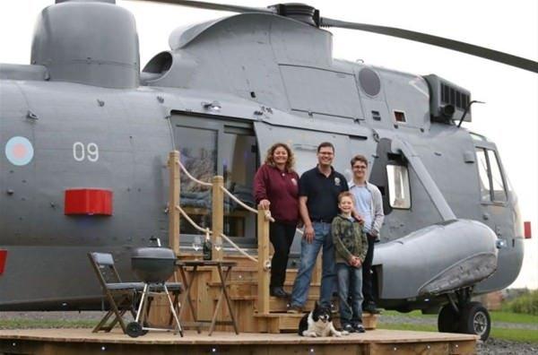 Helikopterde yaşıyorlar!