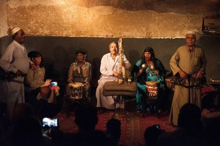 Mısır'da 'cin çıkartma' turizmi