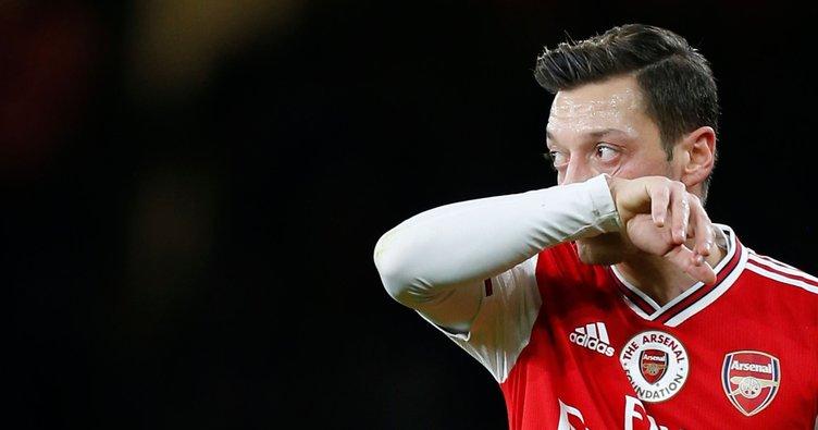Arsene Wenger: Mesut Özil'in bu yaşta oynamaması çok yazık
