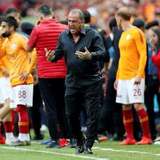 Galatasaray rakiplerine fark atmış durumda