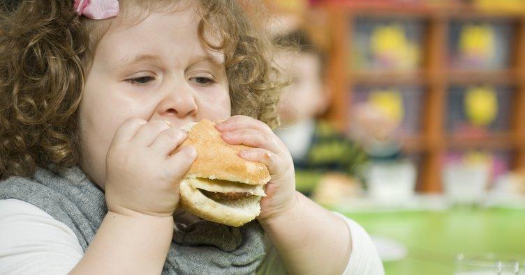 Kovid-19 obez çocukları olumsuz etkiledi