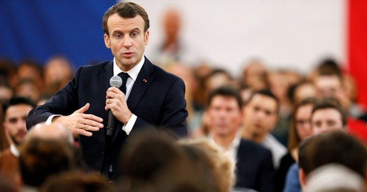 Macron'un Sarı Yelekler protestoları nedeniyle yurt dışı ziyaretleri iptal