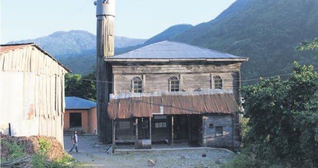 Borçka'nın ahşap camisi Macahel'e restorasyon