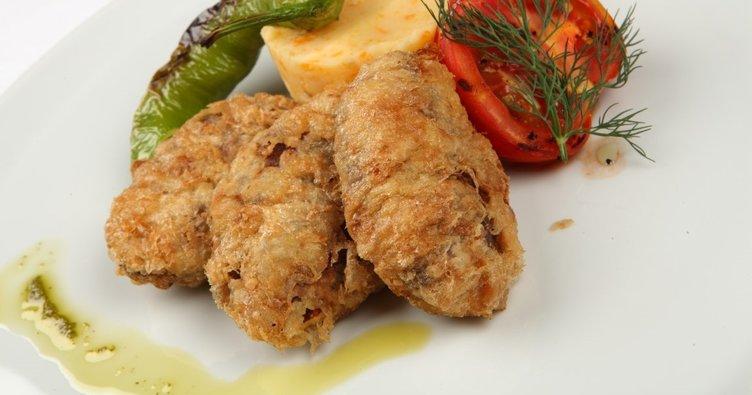 En kolay kadınbudu köfte tarifi: Orijinal kadınbudu köfte nasıl yapılır?