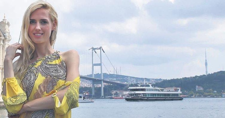 Wilma Elles: Türkiye'de hiç yabancı olmadım