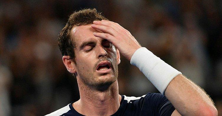 Andy Murray'den kortlara acı veda