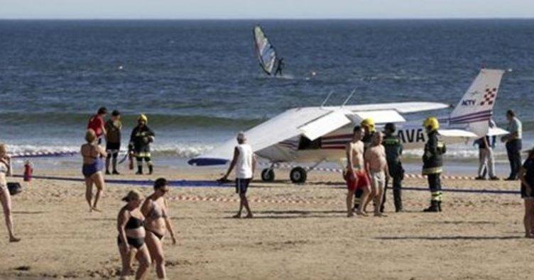 Portekiz'de uçak sahile acil iniş yaptı: 2 ölü