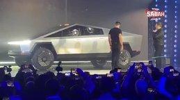 Elon Musk, Tesla'nın yeni aracı Cybertruck'ın tanıtımında böyle rezil oldu!