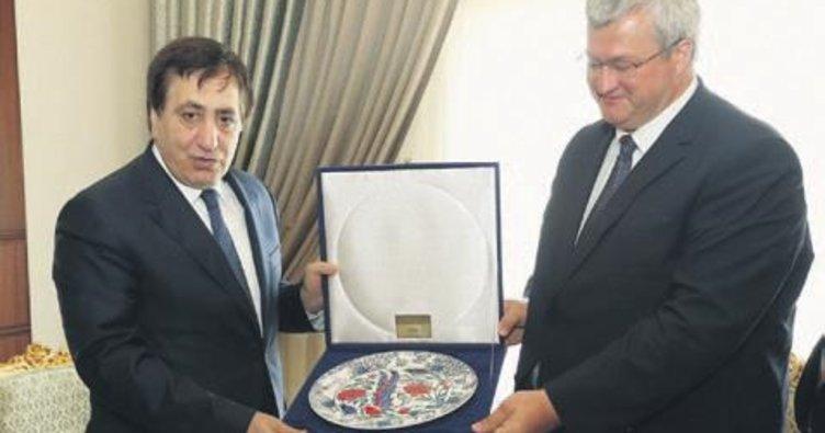 Ukrayna Büyükelçisi'nden Vali Küçük'e ziyaret
