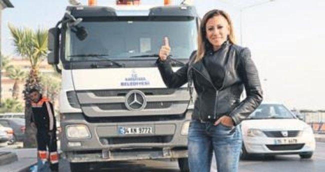 Rockçı değil çöp kamyonu şoförü