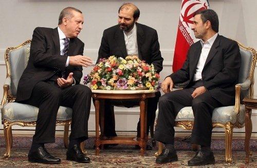 Başbakan Erdoğan-Ahmedinejad görüşmesinden kareler