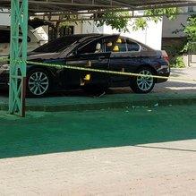 Son Dakika: Antalya'da park halindeki lüks otomobile silahlı saldırı