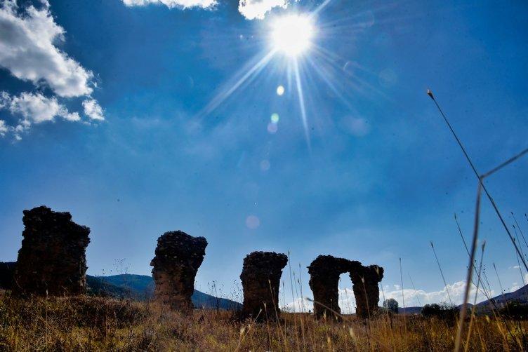 Yıllarca su kemeri sanıldı ama bazilika olduğu ortaya çıktı
