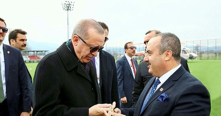 Muhammed dededen Erdoğan'a tespih