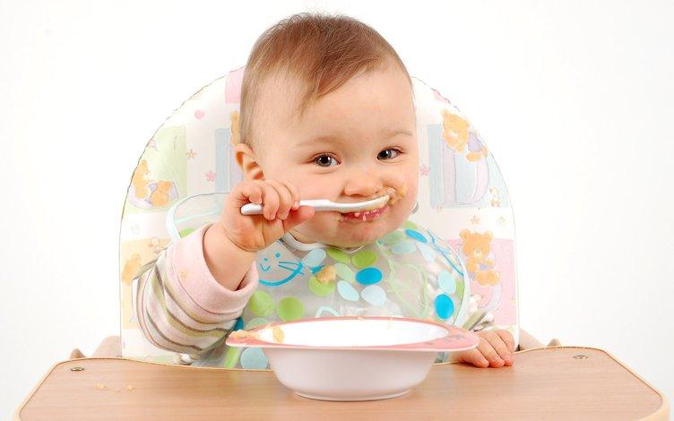 Bebekler için en uygun besinler