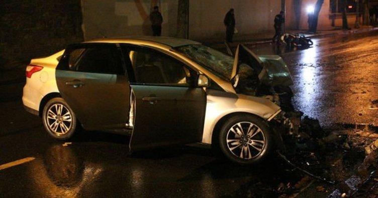 Şerit değiştiren otomobil motosikletle çarpıştı: 1 ölü 1 yaralı