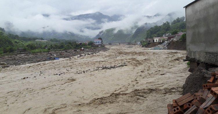 Vietnam'da sel: 26 kişi yaşamını yitirdi