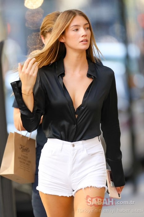 Alman modelLorena Rae güzelliğiyle büyülüyor!