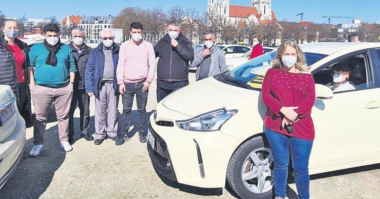 Zordaki taksiciler yardım bekliyor