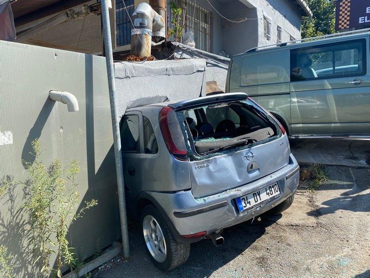 İstanbul'da akıllara durgunluk veren kaza! Kebapçıya işte böyle daldı...
