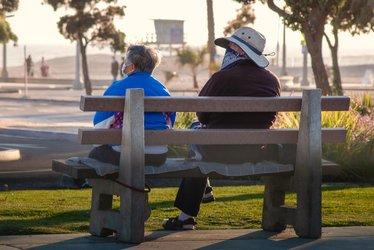 SON DAKİKA HABERLER - 65 yaş üstü sokağa çıkma yasağı hangi illerde ve saatlerde? 65 yaş üstü sokağa çıkma yasağı illeri...