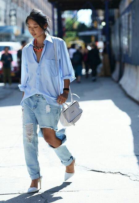 Sokak modasının vazgeçilmezi kot pantolonlar