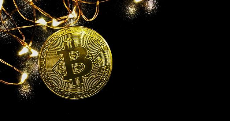 Bitcoin 17,000 doların üzerine döndü