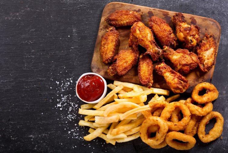 Sürekli fast food yiyen aceleci olur