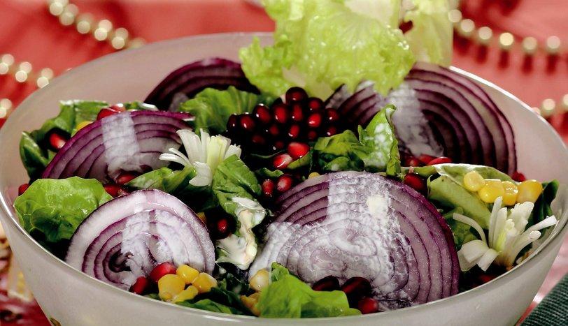 Kırmızı Soğanlı ve Narlı Salata