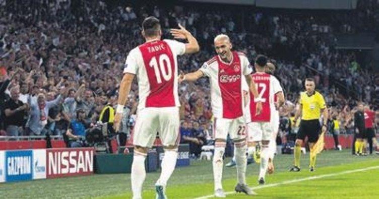 Ajax Şampiyonlar Ligi'nin eşiğinde