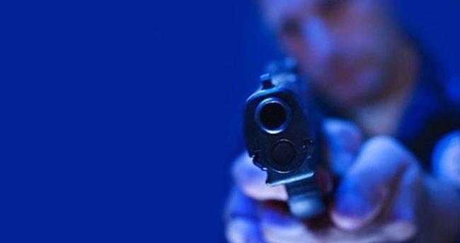 Hollanda'da Müslümanların okuluna silahlı saldırı