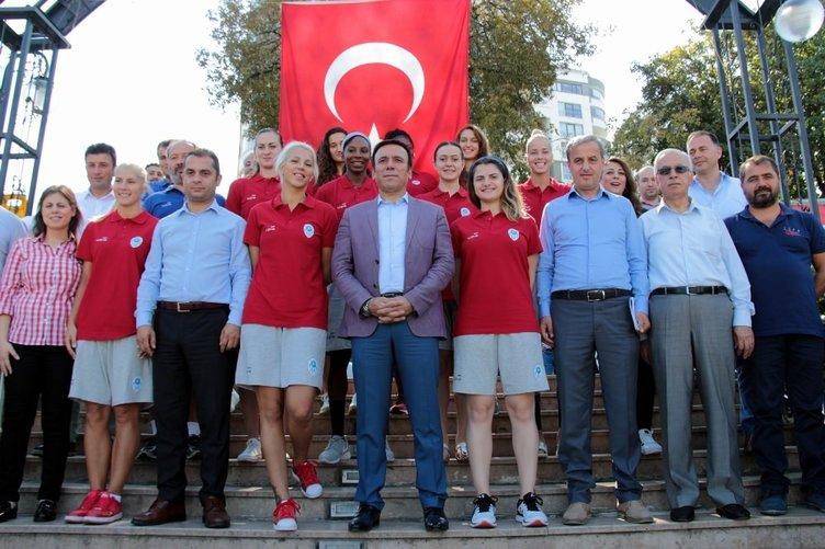 Samsun Canik Belediyespor'da yeni transferler tanıtıldı