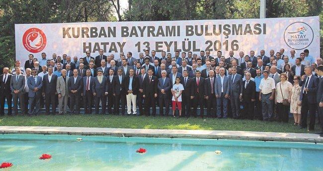 Vali Ercan Topaca Hataylılarla helalleşti