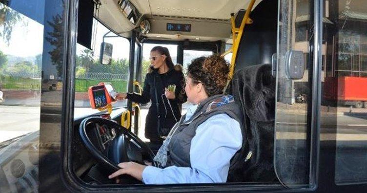İzmir Büyükşehir Belediyesi'ne kadın otobüs şoförü alınacak!
