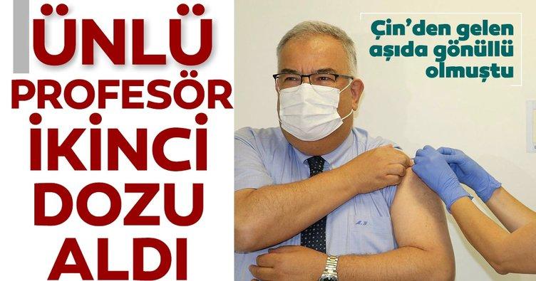 Son dakika: Prof. Dr. Mustafa Gerek'e Çin aşısının ikinci dozu yapıldı
