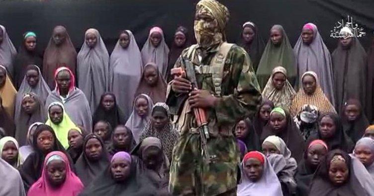 Boko Haram, rehin aldığı 82 genç kızı serbest bıraktı!