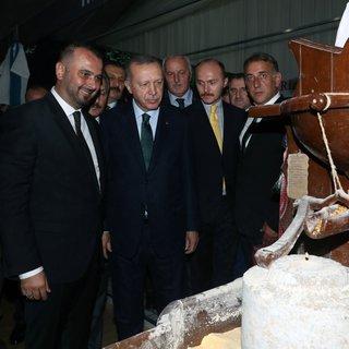 Başkan Erdoğan, 11. Rize Tanıtım Günleri stantlarını ziyaret etti