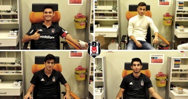 Beşiktaş, 4 genç futbolcusuyla sözleşme imzaladı