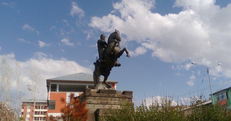 Başakşehir Belediyesi'nden  Malazgirt'e kardeşlik eli