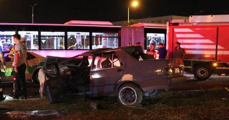Son dakika: İzmir'de trafik kazası: 1ölü, 5 yaralı