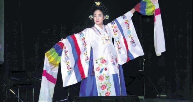 Kore'den geleneksel müzik konseri