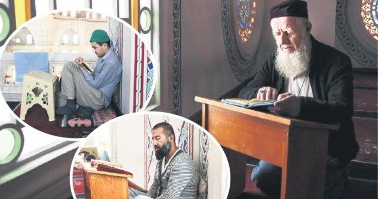 """""""Allah'ın evi""""nde nefisleri terbiye"""