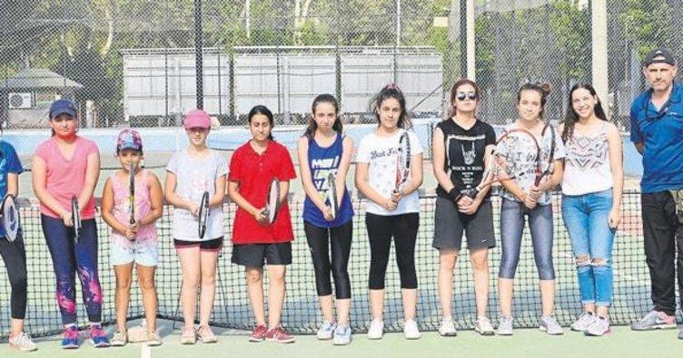 Tenis il spor okulları kursları devam ediyor